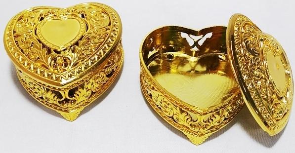 Caixinha Porta Joia Coração C/ Pé - Dourado