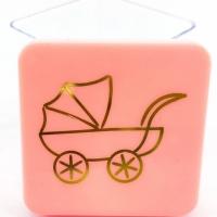 Caixinha Acrílica 4x4 cm - Tampa Rosa C/ Estampa Carrinho Dourado