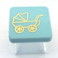 Caixinha Acrílica 4x4 cm - Tampa Azul C/ Carrinho Dourado